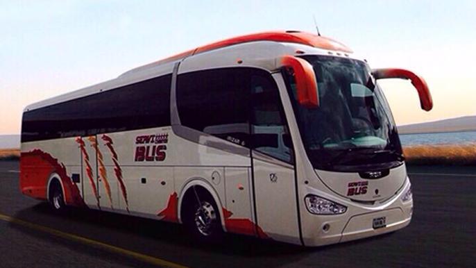 Vista lateral del autobus irizar pb i6